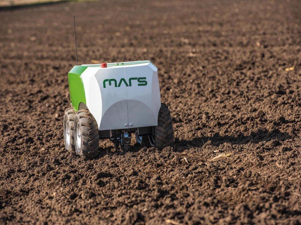 AGCO_GmbH_Fendt_MARS-Mobile_Agricultural_Robot_Swarms.jpg